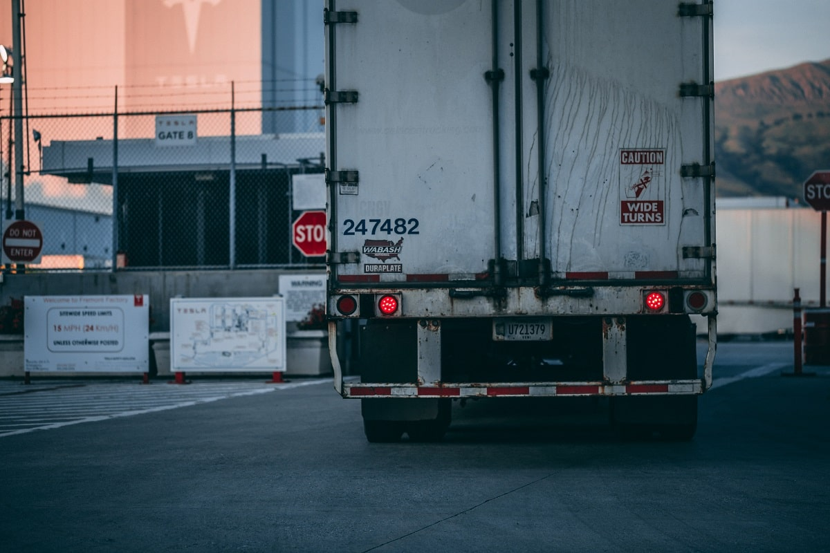 beginner driving tips, truck driving tips